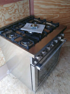 BRAND NEW High End Gas Stove