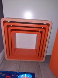 Set of 4 retro orange floating shelfs