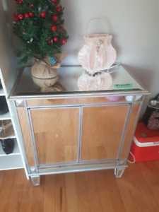 Mirrored Cabinet End Table with Doors