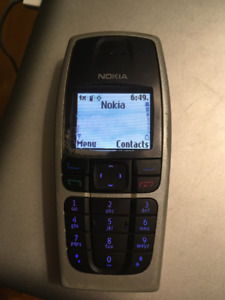 Nokia 6016 cell phone