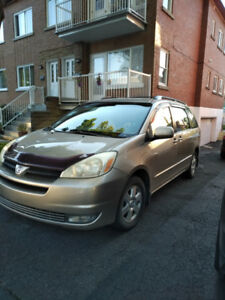 Toyota Sienna 2005 LE for sale in great condition