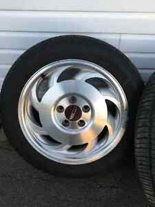 MINT Corvette Original Rims and Tires, MUST SEE!!