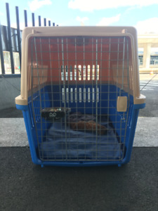 Dog Crate for travel safe - airplane or car