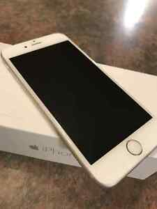 Unlocked iPhone 6 - Two months old - ** MINT **