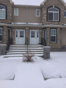 3 Bedrooms 2.5 bathrooms/ Available Now!
