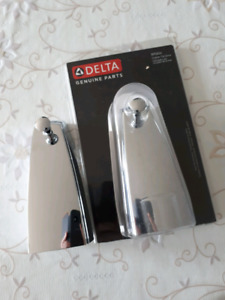 Delta tub diverter spout
