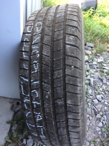1x hiver LT 275/65R18 10ply Michelin LTX Winter