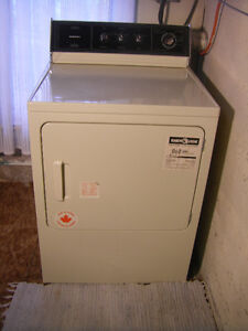 MOFFAT ELECTRIC HEAVY DUTY CLOTHES DRYER