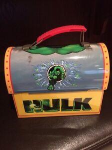 Small HULK metal lunchbox