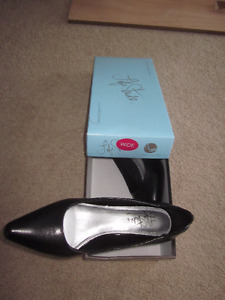 Size 6.5 Wide Classic Pumps - Worn Once