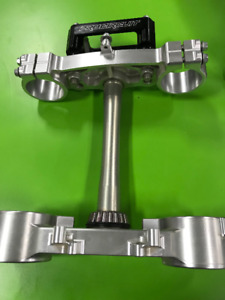 Pro Circuit Kawasaki KX250F Triple Clamp with bar mount