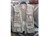 THOMAS COOK(Australian clothing)HUNTING/FISHING WAISTCOAT