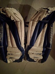 Goalie Pads, great condition - 35's