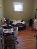 Female Roommate/Sept. 1/large and furnished Corydon apartment!