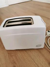 Swan White 2 slice toaster