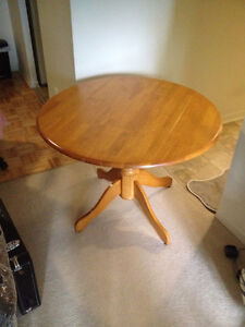 ROUND SOLID MAPLE TABLE