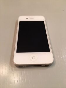 iPhone 4 - 16GB - Rogers - great as iphone or ipod