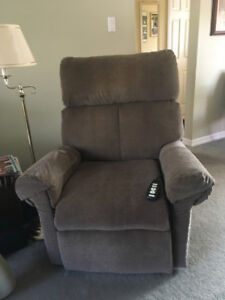 Pride Lift Chair Mobility Recliner for sale