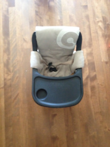Chaise bébé de voyage / Baby's travel chair
