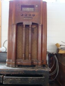 antique radio - can refinish for you