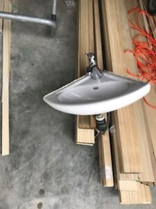 Wall mount corner sink with faucet