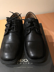 Dressed Geox shoes - Size 1
