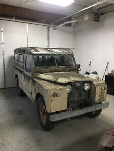 LAND ROVER 109 SERIES 2