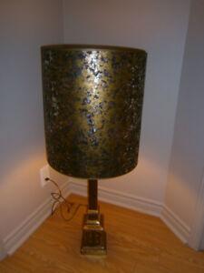 Lampe de table en laiton Mid-Century
