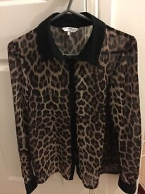 Leopard shirt with collar size 10 new look ( not super dry)