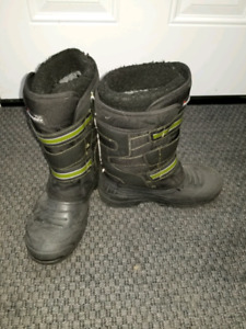 Boys 8 winter boots