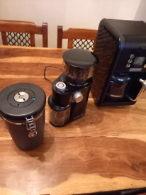 Pour over coffee machine, grinder and fresh container with scoop