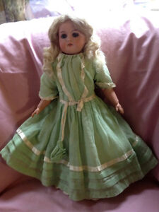 Antique German bisque doll - circa 1900/1920
