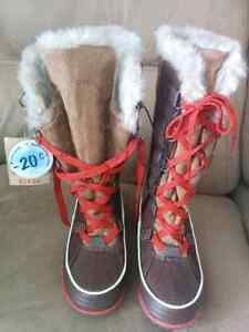 Canadiana Winter Lined Boots - Size 6