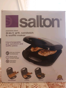 Brand new Stainless steel 3-in-1 grill, sandwich & waffle maker