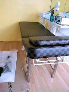 Facial bed for sale in mint condition with stool