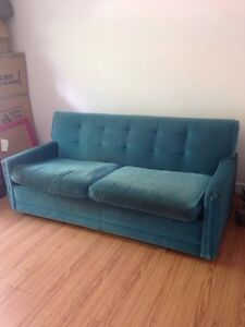 Vintage velvet sofa with pull out