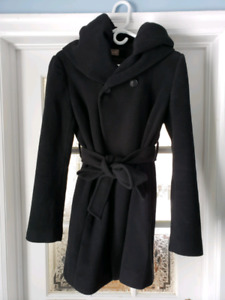Thyme Maternity Coat Size M