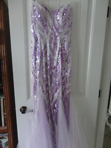 Tony Bowls Le Gala Gorgeous GlitsyGrad Prom Dress