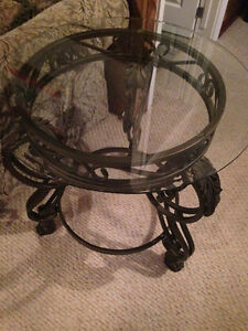 $280 ~~ Like New 3 Coffee Ashley Tables ~~ $280