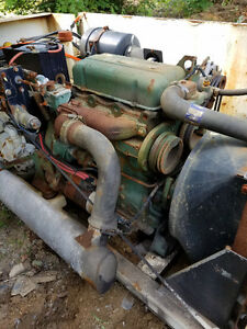 Detroit Diesel 353 with very high flow hydraulic pump