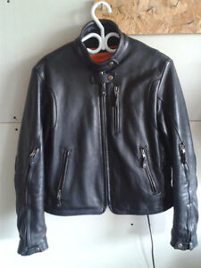Women's leather jacket (medium)