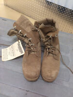 Brand New Never Used Combat/Military Boots with Tag still on.