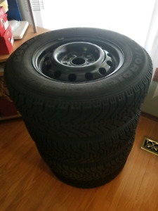 Winter tires set of 4 good year nordic