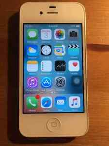 iPhone 4S 8GB (TELUS/KOODO)