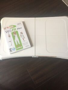 Wii fit board and game Kitchener / Waterloo Kitchener Area image 1