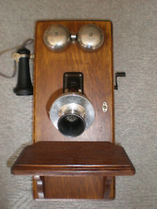 Northern Electric Oak Long Box Crank Phone