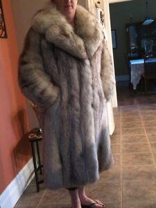 Norwegian fox fur coat Kingston Kingston Area image 8