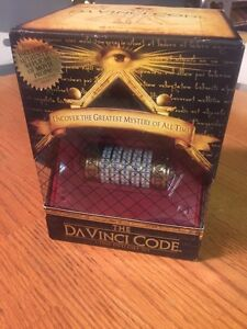 The Da Vinci Code box gift set Kitchener / Waterloo Kitchener Area image 1
