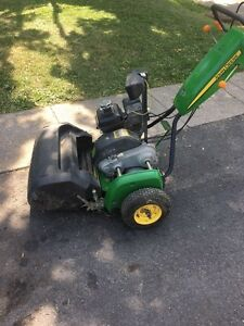 JOHN DEERE 220C green mower West Island Greater Montréal image 4