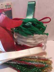 RIBBON CREPE , TINSEL , CHENILLE TRIM, EASTER / CHRISTMAS London Ontario image 3